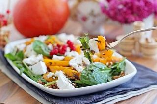 рецепт теплого салата из тыквы