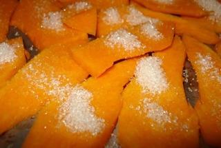 Тыква запеченная в духовке с сахаром кусочками рецепт пошагово